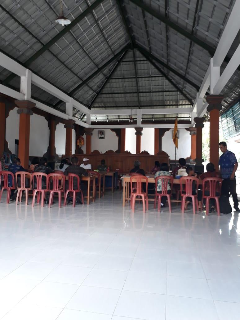 Rapat  Tentang Kerjasama Bumdes dengan Sekolah yang ada di Desa Jehem
