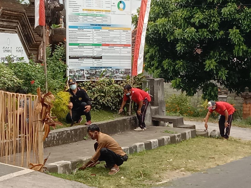 Pelaksanaan Bulan Bhakti Gotong Royong Desa Jehem